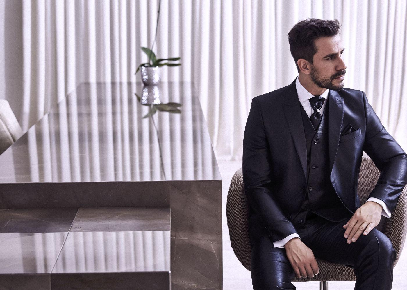 Roupa para noivo: qual a diferença entre terno, fraque e smoking?
