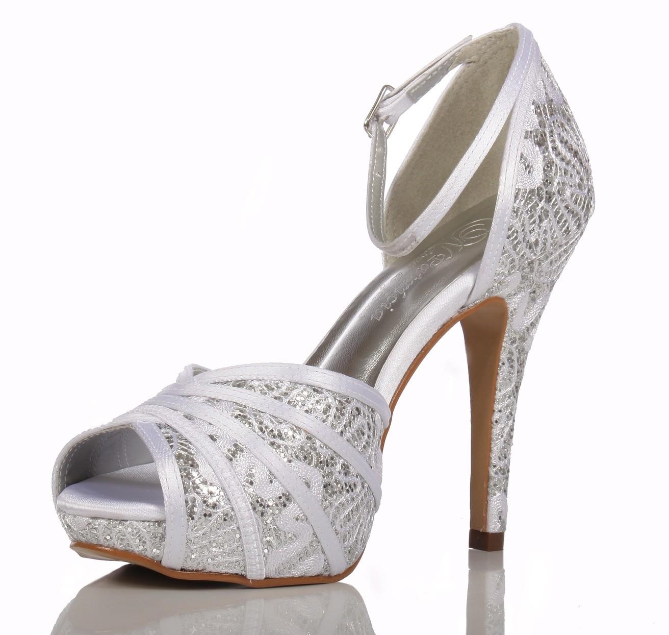 Scarpin prata e vestido - 4 5