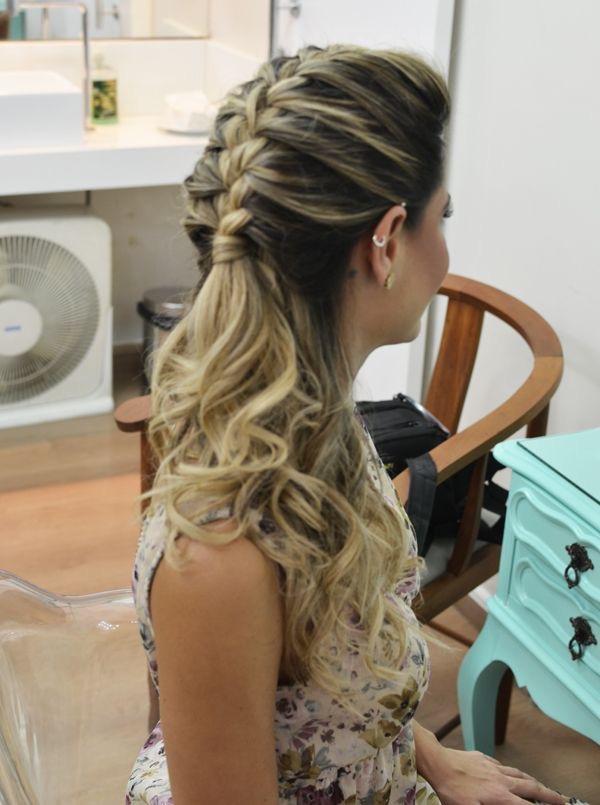 Preferência penteados para formatura - Patricia Noivas e Festas ZD93
