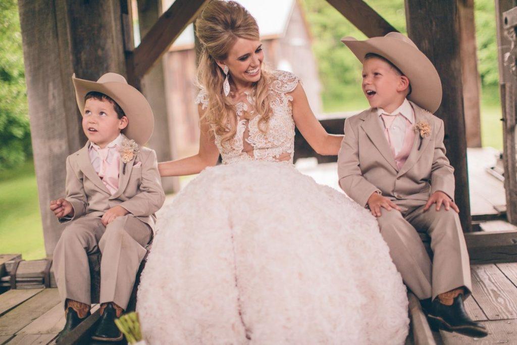 Casamento country  tudo sobre os trajes desse estilo! 4a1fddf7022