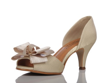 Sapato para noivas e festas PNF 31