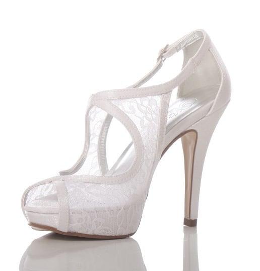 6cdda7665 Sapato de Noiva Branco Rendado PNF 70 - Patrícia Noivas & Festas