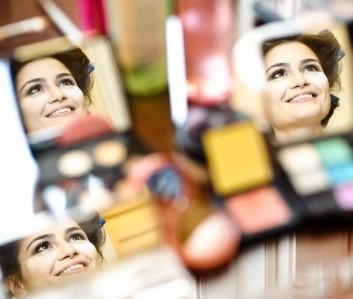 Prova de penteados e maquiagem para noiva: faça e fique tranquila!