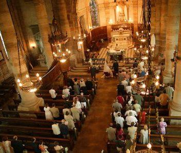 Cerimônia religiosa: 7 dicas de como acertar os detalhes