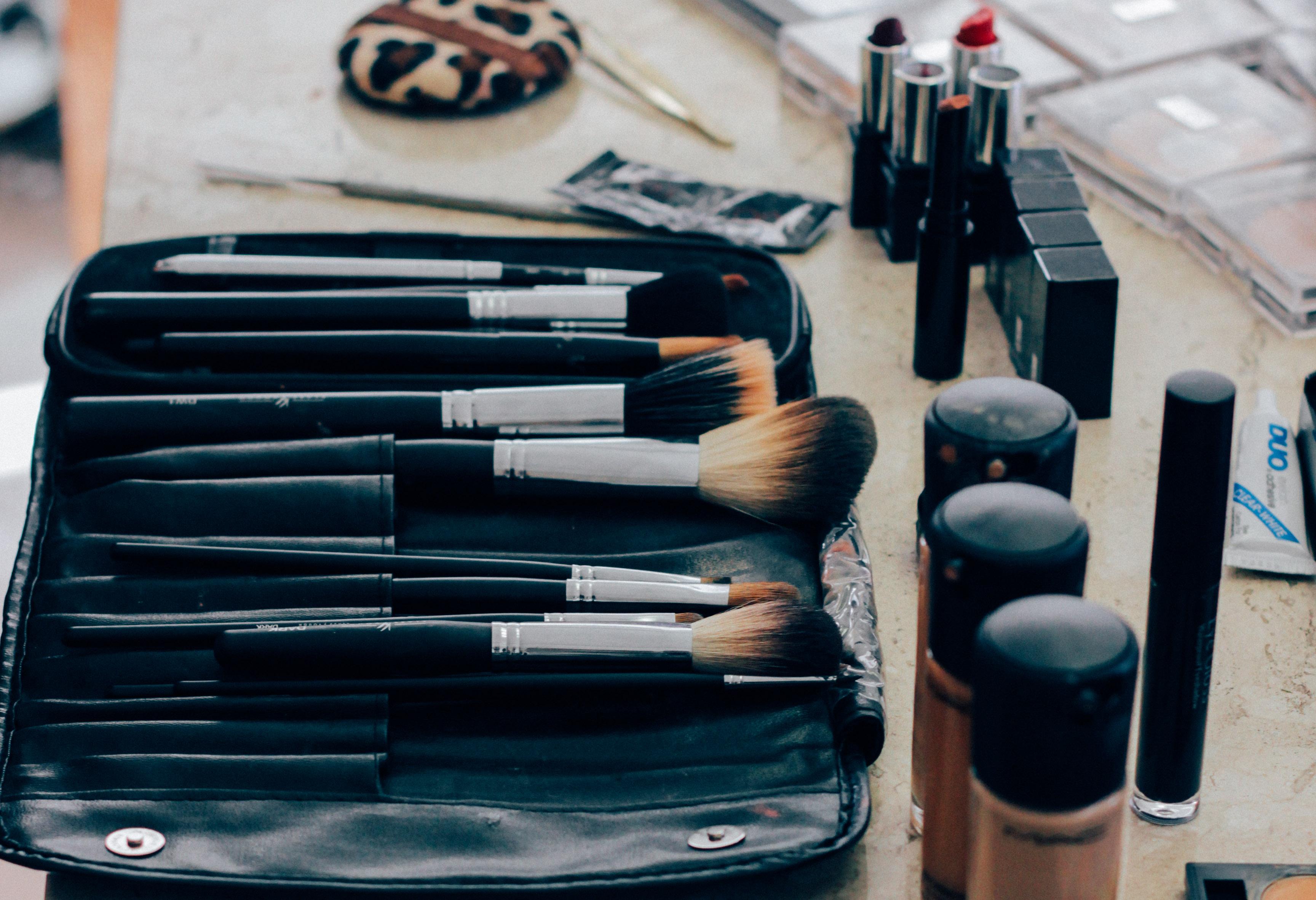 5 truques para manter a maquiagem de formatura intacta!