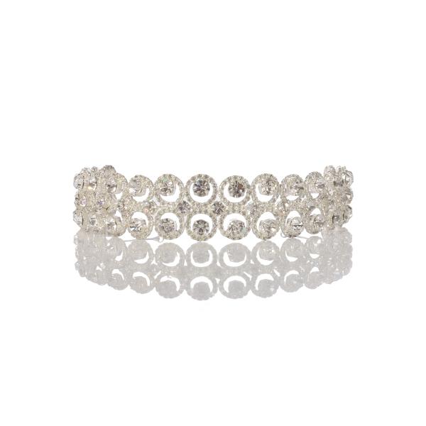 Porta coque para noivas PNF 01: metal de alta qualidade e zircônia, perfeito para noivas que buscam um detalhe especial no seu penteado.